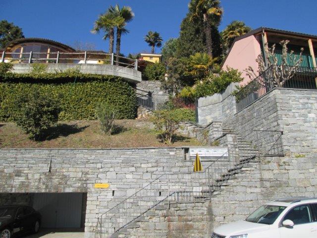 Ferienhaus mit 2 Wohnungen und Pool Minusio 1