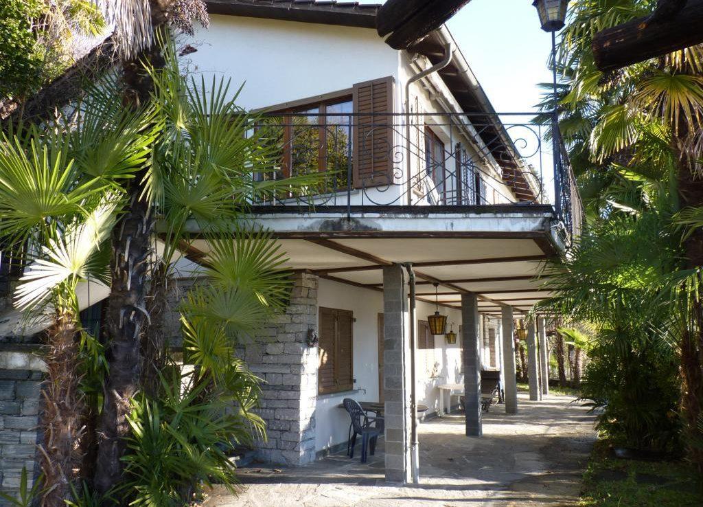 Ferienhaus mit 2 Wohnungen und Pool Minusio