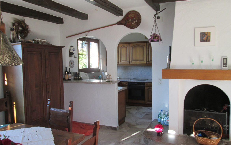Ferienhaus mit 2 Wohnungen und Pool Minusio 2