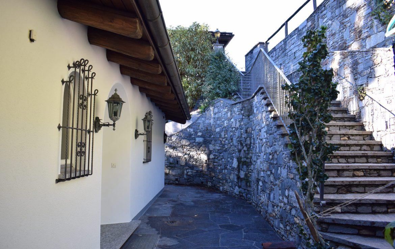 Frank Villa Via Mondacce EB V 15