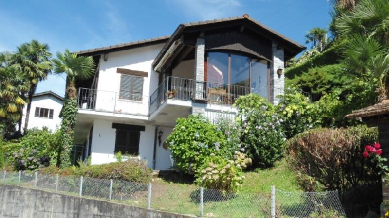 Villa mit Studio und prachtvoller Seesicht 9